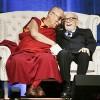 미국에서 80세 생일 맞은 달라이 라마, 중국 반응은 '싸늘'