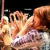 [제니의 포토스케치] 늙은 연인들 홀리다···70년대 포크송 싱어 존 덴버·톰 존스·닐 다이아몬드 노래 재연