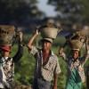 """""""나 돌아갈래""""···고국 등져야했던 미얀마인들의 꿈, 아웅산 수치가 이뤄줄까?"""