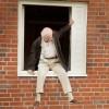 [100세 시대 ①] '창문 넘어 도망친 100세 노인'