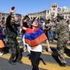 '무혈 시민혁명' 이끈 아르메니아 파시냔 총리대행, 조기총선 압승