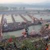 인도 최대 종교축제 '쿰브멜라'···1억2천만명 강물에 '풍덩'