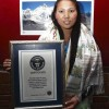 한 시즌 두 번 에베레스트 등정한 네팔 여성