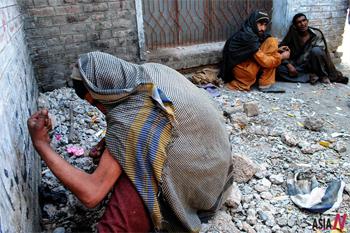 파키스탄 마약 중독자 400만 추산