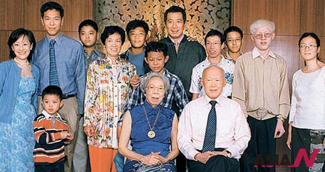 싱가포르 리센룽 총리 가족사진.