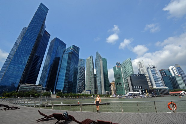 글로벌 기업들로 가득한 싱가포르 빌딩숲. 다양한 글로벌 기업과 취업 기회는 전세계 청년들의 주된 관심사다.