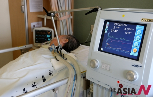 의학적으로 소생가능성이 없는 식물인간에 대한 존엄사를 인정한 우리나라 최초의 대법원 판결에 따라 2009년 6월23일 오전 신촌 세브란스병원 의료진들이 엄격한 윤리규정에 의거 장기 투병중인 77세 할머니의 인공호흡기를 제거 했다.
