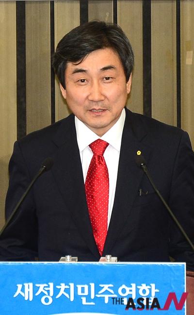 7일 당선된 새정치민주연합 이종걸 신임 원내대표