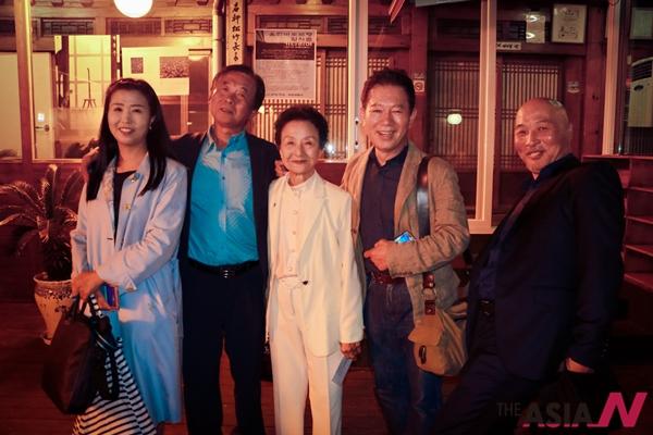 안외선 과학경제대표, 유경수 전 원음방송 광고국장 하상남 발명가, 배한성 성우, 이신석 아시아엔 순회특파원(왼쪽부터)