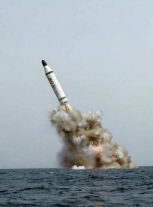 북한의 SLBM 발사 모습
