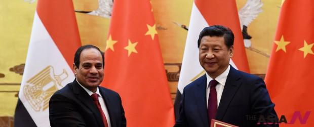 압델 파타 엘시시 이집트 대통령(왼쪽)과 시진핑 중국 주석