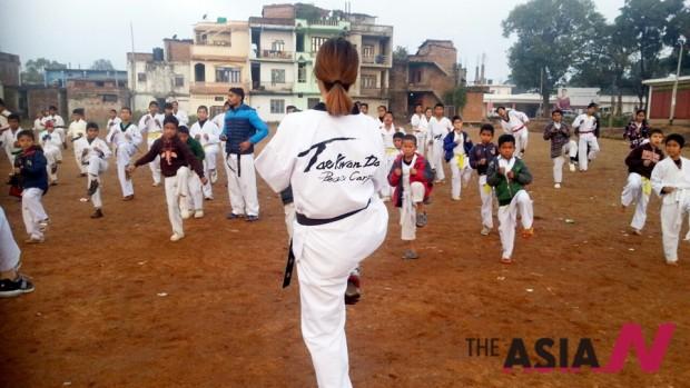 네팔에서 진행된 태권도평화봉사단 프로그램