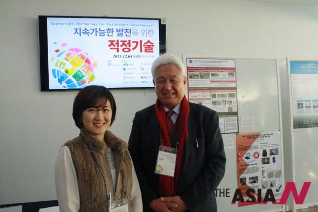 박수정 국경없는 교육가회 팀장(왼쪽)과 김기석 국경없는 교육가회 대표