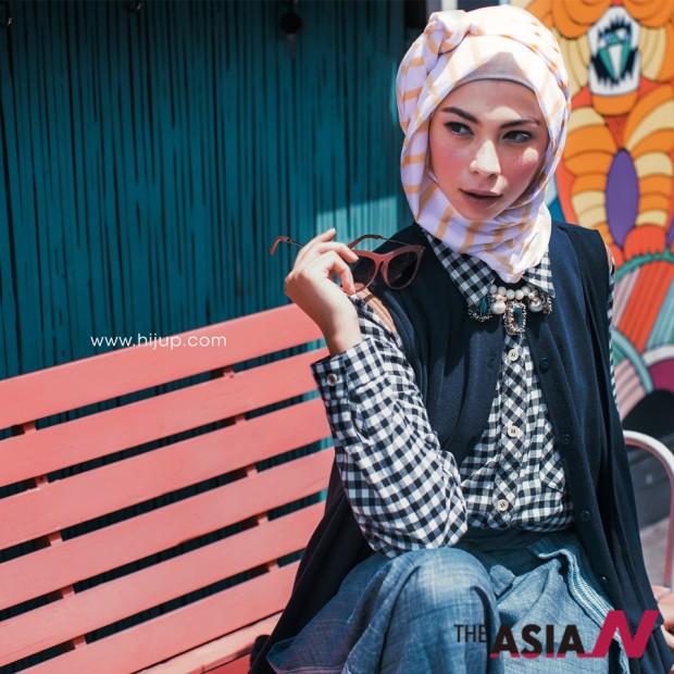 인도네시아 온라인쇼핑몰 히즈업의 화보