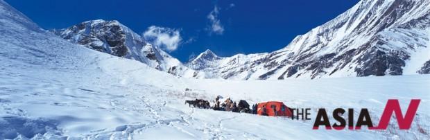 네팔 서부지역 까그마라 하이캠프(4,700m) 풍경. 까그마라(5,115m)를 향했지만 눈이 많고 날씨가 몹시 추워 노새 6마리가 못 올라가 아쉽게도 되돌아와야 했다.