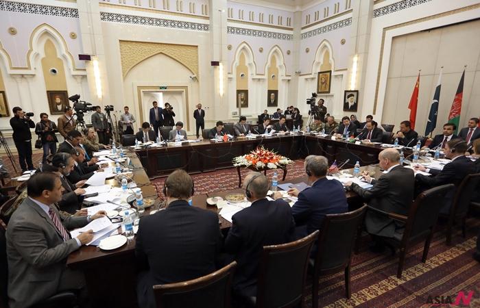 지난 1월18일 아프가니스탄의 수도 카불에서 미국, 중국, 파키스탄, 아프간 총4개국 외교단이 아프간 내전 종식을 위한 논의를 위해 자리를 함께했다.