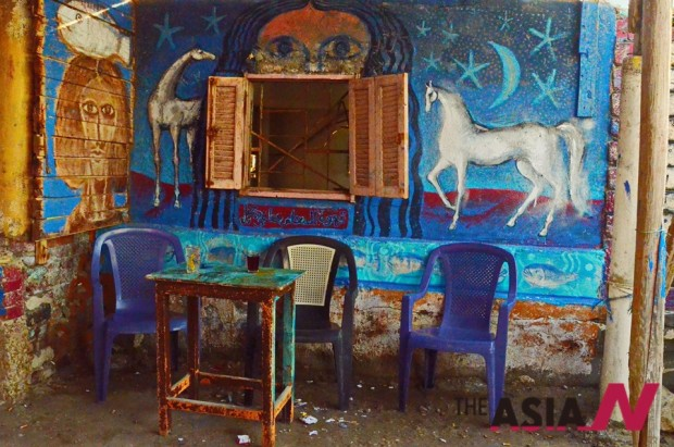 Cafe with horse.