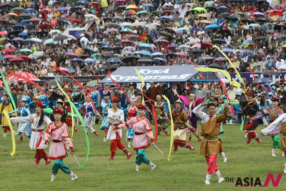 몽골 나담축제, 칭기즈칸 후예 용맹 겨룬다