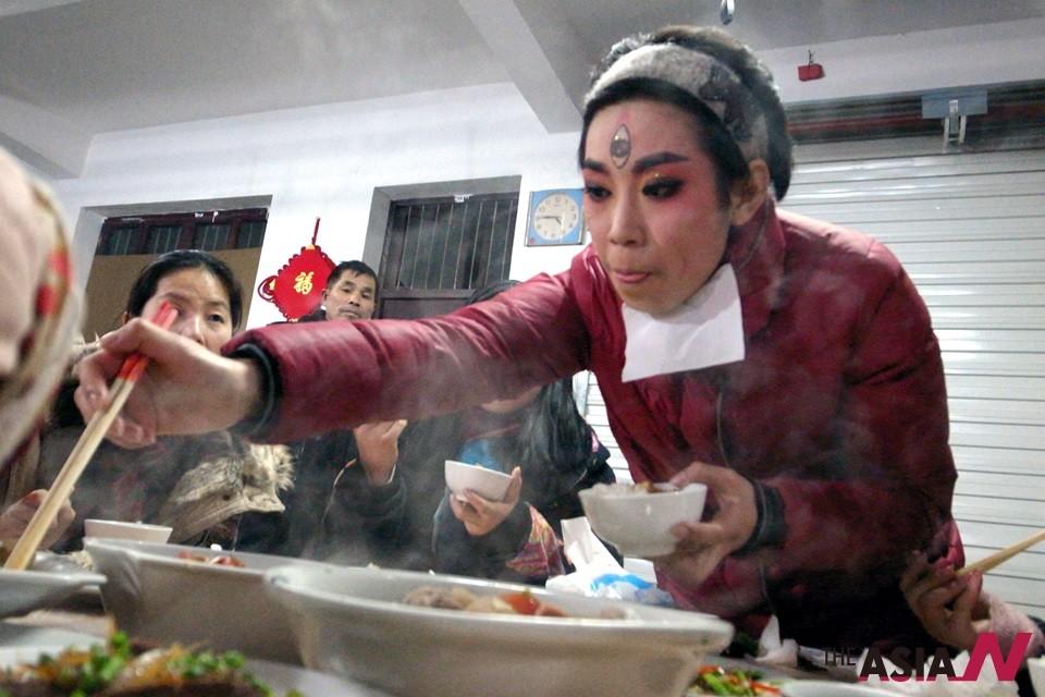 [강성현의 중국문화산책] 민초들 먹는 것에 목숨 건다